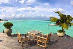 Playa, yate y agua hermosos villa.maldives Foto de archivo libre de regalías