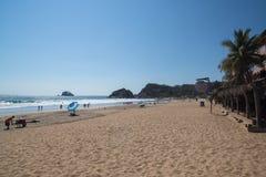 Playa Zipolite,海滩在墨西哥 免版税库存图片