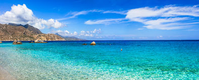 Playas asombrosas de las islas griegas imagen de archivo