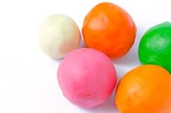 Playdoughballen op wit Royalty-vrije Stock Foto