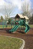 Playgorund in einem Park. Stockfoto