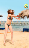 Playing beach volleyball Stock Photography