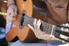 Playing the gitar Royalty Free Stock Photos