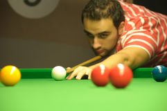 Playing snooker Royalty Free Stock Images