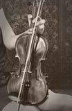 Playing violin Royalty Free Stock Photos