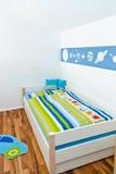 Playroom das crianças com cama Imagens de Stock Royalty Free