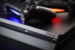 Playstation 4 κονσόλα τυχερού παιχνιδιού Στοκ φωτογραφίες με δικαίωμα ελεύθερης χρήσης