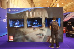 Playstation 4 until Dawn in a games convention Stock Photography