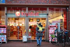 Plaza αγορών της πόλης του Γκρόνινγκεν στις διακοπές Χριστουγέννων Στοκ Εικόνες