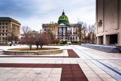 Plaza και κτήρια στο Capitol σύνθετο στο Χάρισμπουργκ, Pennsy Στοκ εικόνα με δικαίωμα ελεύθερης χρήσης