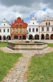 Plaza με την καλά-συντηρημένη αναγέννηση και τα μπαρόκ σπίτια, Telc, Μοραβία, Στοκ εικόνες με δικαίωμα ελεύθερης χρήσης