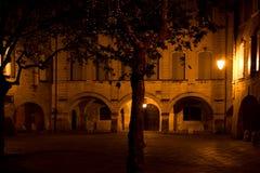 Plaza σε Uzes Γαλλία τή νύχτα Στοκ Εικόνες
