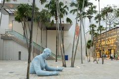 Plaza στο της περιφέρειας του κέντρου Μαϊάμι με το Le Corbusier από το Xavier Veilhan Στοκ εικόνα με δικαίωμα ελεύθερης χρήσης