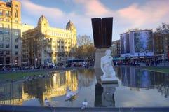 Plaza Catalunya, πλατεία της Καταλωνίας, Βαρκελώνη Στοκ εικόνα με δικαίωμα ελεύθερης χρήσης