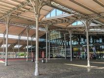 Plaza coberta no la Halle de la Villette grandioso, Paris, França Fotografia de Stock Royalty Free
