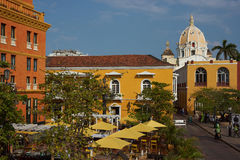 Plaza colorida en Cartagena Foto de archivo