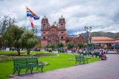 Plaza De阿玛斯和Iglesia de la Compania,库斯科,秘鲁 库存图片