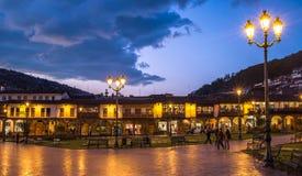 Plaza de阿玛斯在库斯科,秘鲁的历史的中心 免版税库存图片