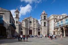 Plaza de Λα Catedral στην παλαιά Αβάνα, Κούβα Στοκ εικόνες με δικαίωμα ελεύθερης χρήσης