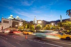 Plaza de Σαν Φρανσίσκο στην παλαιά πόλη Κουίτο Στοκ εικόνες με δικαίωμα ελεύθερης χρήσης