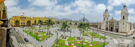 Plaza de armas en opinión de Lima, Perú 180 Imagenes de archivo