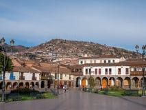 Plaza de Armas, huvudsaklig fyrkant i Cusco, Peru royaltyfria bilder