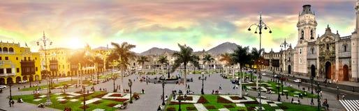 Plaza de armas de Lima peru imagens de stock