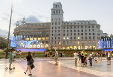 Plaza de Catalunya - άποψη νύχτας Στοκ Εικόνες