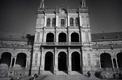 Plaza de España i Seville - Spanien fotografering för bildbyråer