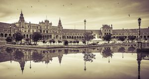 Plaza de Espana - πλατεία της Ισπανίας ` s στην πόλη της Σεβίλης Στοκ Φωτογραφία