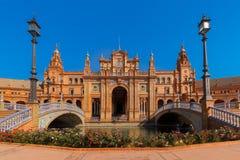 Plaza de Espana στην ηλιόλουστη ημέρα στη Σεβίλη, Ισπανία Στοκ εικόνες με δικαίωμα ελεύθερης χρήσης