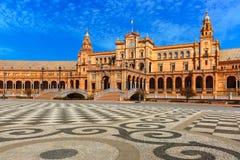 Plaza de Espana στην ηλιόλουστη ημέρα στη Σεβίλη, Ισπανία Στοκ Εικόνα