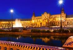 Plaza de Espana στη νύχτα Σεβίλλη Ισπανία Στοκ εικόνα με δικαίωμα ελεύθερης χρήσης