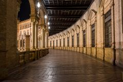 Plaza de Espana τη νύχτα, Σεβίλη Ισπανία Στοκ εικόνα με δικαίωμα ελεύθερης χρήσης