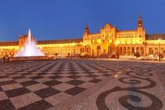 Plaza de Espana τη νύχτα στη Σεβίλη, Ισπανία Στοκ εικόνα με δικαίωμα ελεύθερης χρήσης