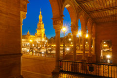 Plaza de Espana τη νύχτα στη Σεβίλη, Ισπανία Στοκ Εικόνα