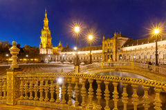 Plaza de Espana τη νύχτα στη Σεβίλη, Ισπανία Στοκ Εικόνες