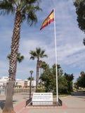 Plaza de Espana, Ayamonte και η εθνική σημαία Στοκ φωτογραφία με δικαίωμα ελεύθερης χρήσης