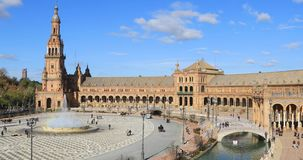 Plaza DE Espana in de dagtijd in Sevilla stock footage