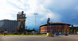 Plaza de Espana med arenan i Barcelona, Spanien Royaltyfri Bild