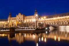Plaza de Espana med broar Seville Arkivbilder