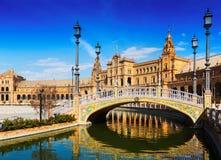 Plaza de Espana med broar seville spain Fotografering för Bildbyråer