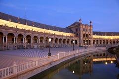 Plaza de Espana på skymning. Seville Spanien Arkivfoton
