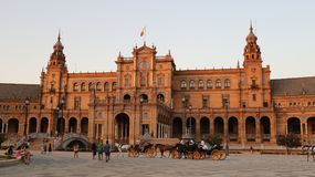 Plaza de Espana Sevilla, Andalucía, España, Europa. Plaza de Espana Sevilla, Andalucía, España, Europa. View of the central building with horse Stock Photo