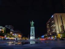 Plaza de Gwanghwamun avec la statue du Sun-péché d'amiral Yi Photos stock