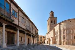 Plaza de la Villa und Santa Maria-chuch Quadrat des Dorfs, Lizenzfreies Stockfoto