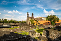 Plaza de las Tres Culturas三在特拉特洛尔科-墨西哥城,墨西哥开化正方形 库存图片