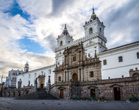 Plaza de San Francisco e St Francis Church - Quito, Equador fotografia de stock royalty free
