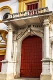 Plaza de Toros de塞维利亚正门  免版税库存照片