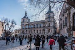 Plaza del Ayuntamiento μπροστά από τον καθεδρικό ναό Αγίου Mary του Τολέδο, Ισπανία Στοκ Εικόνα